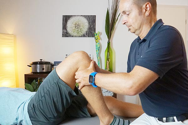 Physiotherapie am Knie Stefan Heck